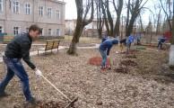 Уборка территории учениками МБОУ СОШ  № 12.