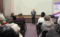 Для граждан пожилого возраста состоялась встреча с представителями областных организаций